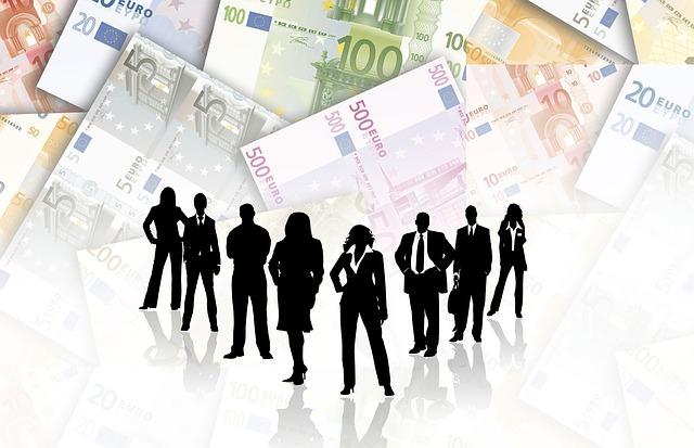 хора и пари